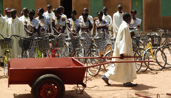 11_catechisti in burkina