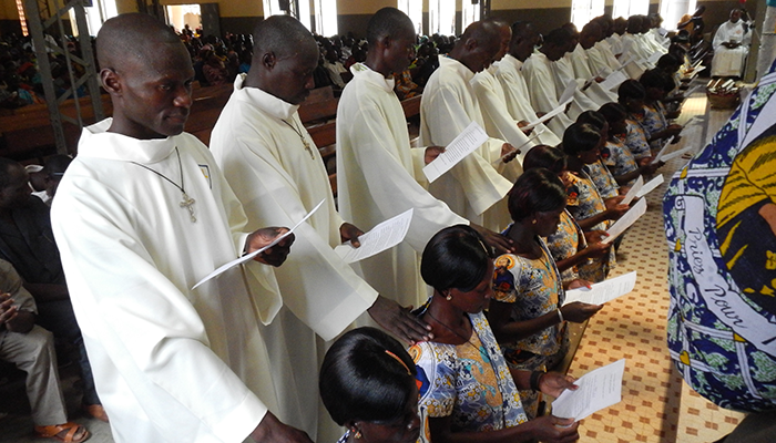 5_catechisti in burkina