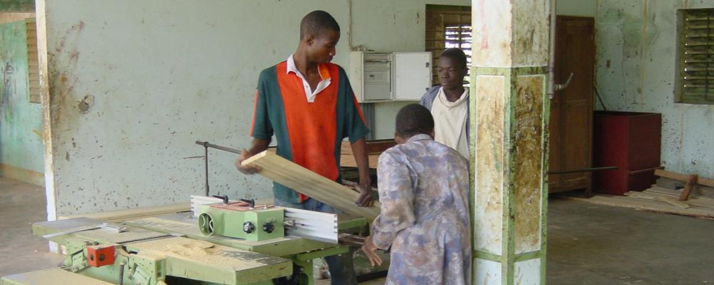 DSC00005_Formazione di giovani artigiani