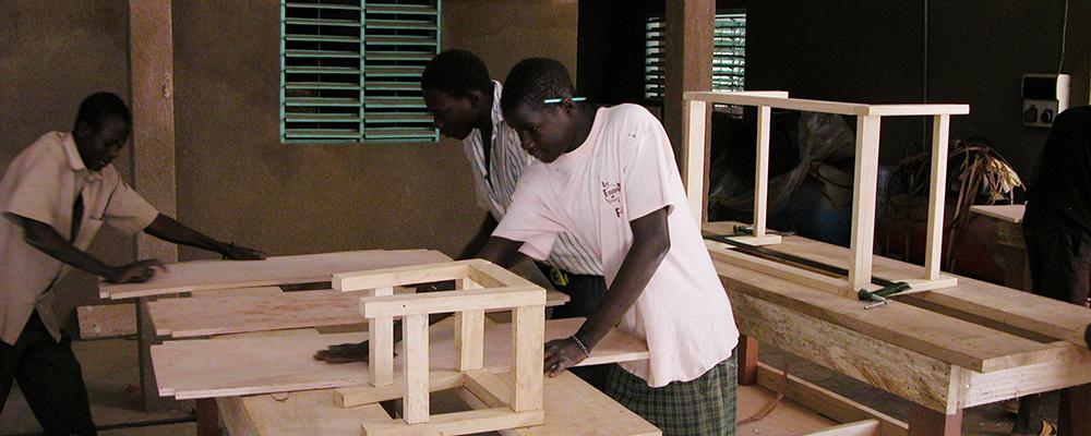DSCN0029_Formazione di giovani artigiani